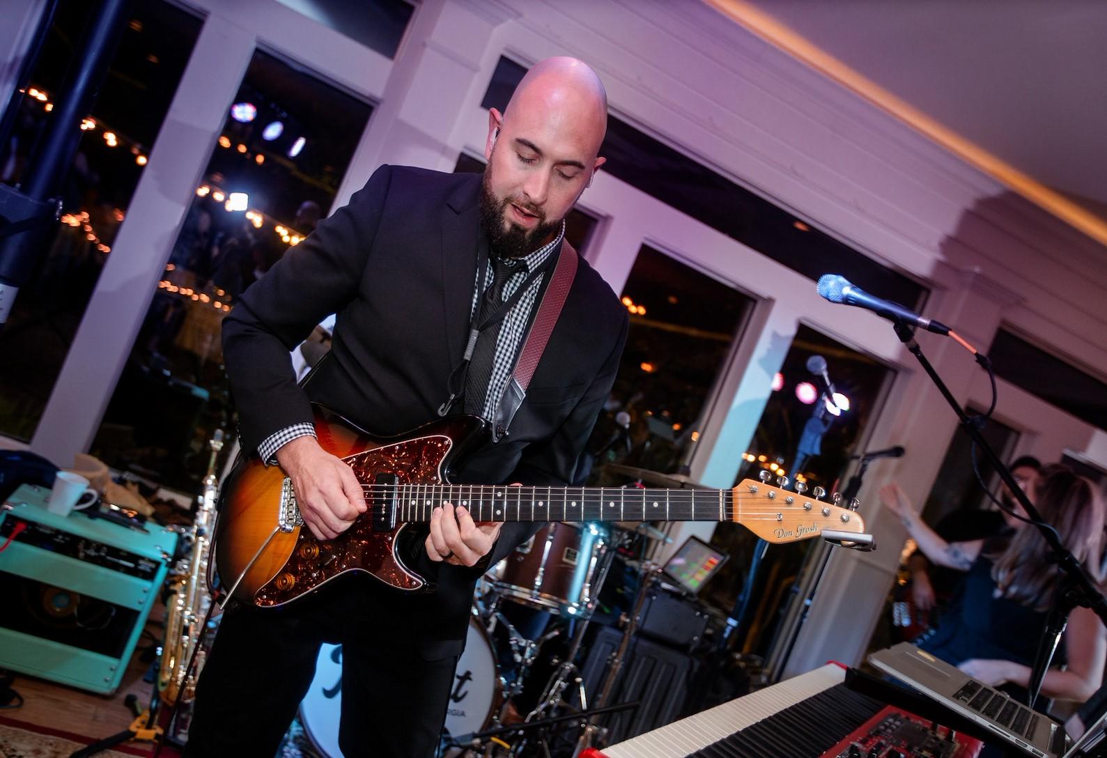Live Instrumentalist/Singer
